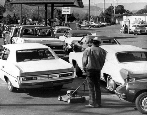 GasStationLine1974.jpg