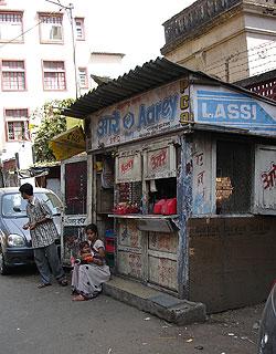 IndiaMilkStall.jpg