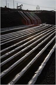 OilPipelinesAndPump.jpg